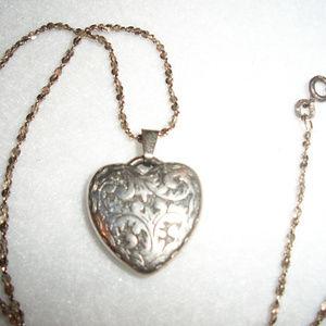 Jewelry - Vintage NOUVEAU Style Silver Heart Necklace